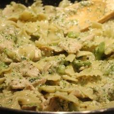 Broccoli Cheese and Chicken Pasta in the crock pot!