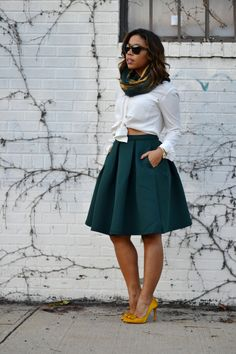 ecstasymodels:  How To Wear a Full Skirt  Sage & Sparkle