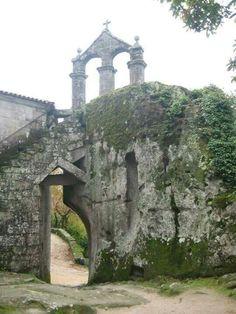 Monasteiro de San Pedro de Rocas, en la #RibeiraSacra, #Ourense #Galicia      ➡ Descubre más en http://www.sientegalicia.com/