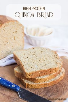 Best gluten-free sandwich bread I've ever had! This High Protein Quinoa Bread Recipe is made with quinoa flour and chickpea flour, so it's really high in protein, while still being light in flavor. It also makes awesome toast! Quinoa Flour Recipes, Bread Recipes, Whole Food Recipes, Cooking Recipes, Cooking Food, Gluten Free Baking, Gluten Free Recipes, Healthy Gluten Free Bread, Pain Pizza