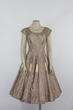 Vintage Dress Mocha Lace Full by VintageFrocksOfFancy Vintage Party Dresses, Vintage Outfits, Vintage Fashion, Vintage Clothing, Vintage Style, Dress Hats, Dress Outfits, Dress Up, Party Frocks