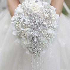White Hydrangea drop brooch bouquet Silver wedding bridal bouquets crystal teardrop style Bride 's Bouquet Pearl tassels decor