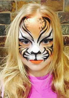 Face Painting Ideas Golden tiger face paint www. Animal Face Paintings, Animal Faces, Face Painting Tutorials, Face Painting Designs, Face Painting Unicorn, Tiger Makeup, Tiger Face Paints, Cool Face Paint, Cute Halloween Makeup
