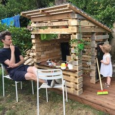Pallet Furniture 15 adorable recycled pallet ideas for kids — ROWDY RASCALS - You are guaranteed to love this specially curated collection of up cycled pallet ideas for kids. Kids Outdoor Play, Backyard For Kids, Outdoor Play Spaces, Recycled Pallets, Wooden Pallets, Recycled Materials, Pallet Playhouse, Pallet Fort, Kids Wooden Playhouse