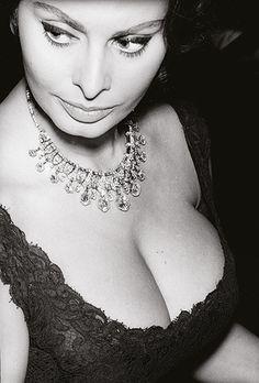 Sophia Loren © Julian Wasser
