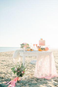 Photography: Renee Hollingshead Photography - www.reneehollingshead.com  Read More: http://www.stylemepretty.com/destination-weddings/2015/03/13/spanish-seaside-bridal-inspiration/