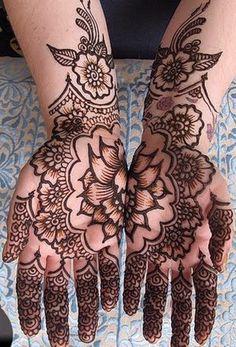 Body Henna: True artwork and simply breathtaking!