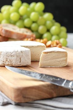 THE BEST VEGAN CHEESE - Sharp and creamy, it tastes just like real camembert! You will never believe it! #vegan #vegancheese #camembert #cheese