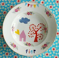 printing on vintage plates? genius. Fiep plate by Ninainvorm, via Flickr