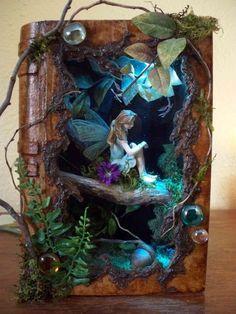 fairy shadow box made from papier mâché book . - - fairy shadow box made from papier mâché book . - DIY and crafts fairy shadow box made from papier mâché book . Shadow Box Kunst, Shadow Box Art, Shadow Book, Shadow Shadow, Fairy Crafts, Diy And Crafts, Book Crafts, Fairy Land, Fairy Tales