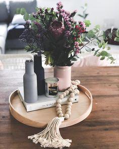 table decor interior design decoration boho scandi pastel tones flowers kinfolk
