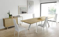 Wood and metal extending table PONENTE - Calligaris Creativo Casa Moderna Casa 💦 Dining Area, Dining Bench, Dining Chairs, Table Extensible, Extension Table, Dining Room Inspiration, Extendable Dining Table, Wood And Metal, Home Kitchens