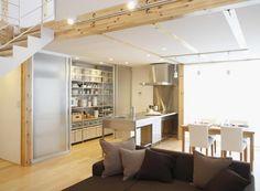 studio moderne avec cuisine et porte coulissante