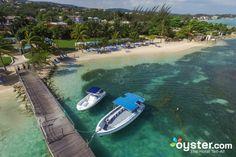Aerial View of Holiday Inn Resort Montego Bay/Oyster Savannah Tours, Savannah Chat, Ocean View Resort, Jamaica Holidays, Sand Island, Bay Photo, Beach Cabana, Montego Bay, Top Destinations