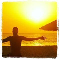 """Comment: vdbhannes said """"#sunset #senegal #happy #me #enjoylife #inagoodmood"""""""