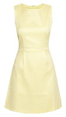 Womens primrose shift dress from New Look - £42 at ClothingByColour.com Pastel Yellow, Shades Of Yellow, Light Spring, Spring Summer, Summer Colours, Spring Makeup, Everyday Dresses, Buttercup, Lemonade