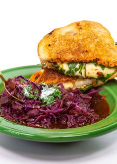 Rachael's Red Cabbage Soup and Grilled Cheese with Sundried Tomato Spread Carrot Recipes, Healthy Soup Recipes, Cooking Recipes, Chili Recipes, Cheese Recipes, Healthy Food, Red Cabbage Soup, Cabbage Soup Recipes, Rachel Ray Recipes