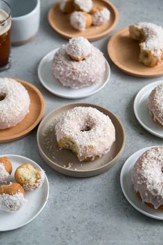 These coconut cake doughnuts are topped with coconut milk glaze and a generous sprinkling of dried shredded coconut. The dough is made with coconut milk and has a similar texture to classic buttermilk doughnuts Brownie Desserts, Oreo Dessert, Mini Desserts, Donut Recipes, Baking Recipes, Real Food Recipes, Dessert Recipes, Cake Recipes, Baked Donuts