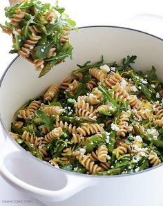 20 Arugula Recipes to Add to Your Arsenal – 30 Minute Meals Argula Recipes, Spinach Recipes, Salad Recipes, Drink Recipes, Gourmet Recipes, Dinner Recipes, Cooking Recipes, Healthy Recipes, Yummy Recipes