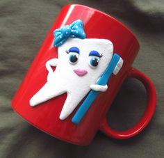 Hrneček se zoubkem dárek hrnek hrneček čaj zub doktor šálek pití zoubek zubař zoubková zubní zoubkem zubaře