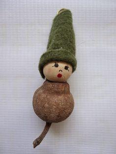 Cat 'n Cart Crafts - Gumnut elves Aussie Christmas, Australian Christmas, All Things Christmas, Homemade Christmas Gifts, Homemade Gifts, Handmade Christmas, Christmas Crafts, Baby Crafts, Easter Crafts