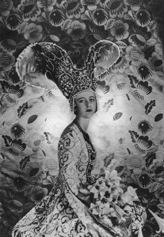 Cecil Beaton 1930 found on Fancy Pants    KC Martin