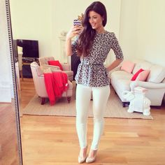 Mimi Ikonn   White jeans and floral top