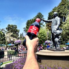 Share a coke with Walt! Magical drink at the Disneyland Resort (: || Via Mice Chat