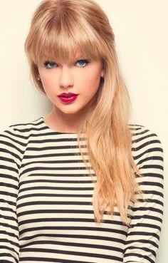 Famous Stripes -Taylor Swift
