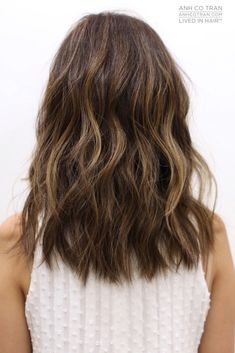 CLASSY COLLAR LENGTH Cut/Style: Anh Co Tran • IG: @Anh Co Tran • Appointment inquiries please call Ramirez Tran Salon in Beverly Hills at 310.724.8167. #dreamhair #hairbyanh #fallhair2015 #fantastichair #amazinghair #anhcotran #ramireztransalon #waves #besthair2015 #livedinhair #coolhaircuts #coolesthair #trendinghair #model #movement #fallhaircut2015 #favoritehair #haircuts2015 #besthair #ramireztran #shorthair #collarlength
