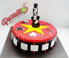 #guitarras #music #cake #delicioso   #PEDIDOS: gerencia@pecaditos.com.co #TELÉFONOS: 6435035 - 3008950900 – 3105672077 #Whatsapp: 3008950900 #Ponqués #Bucaramanga — at #Cabecera: Cra.35 #54-113.
