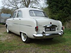 MK1 Zephyr Saloon Ford Zephyr, Motorcycle Art, Mk1, Industrial Design, Motors, Britain, Zodiac, Cars, History