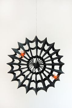 DIY Paper #Spiderweb for #Halloween