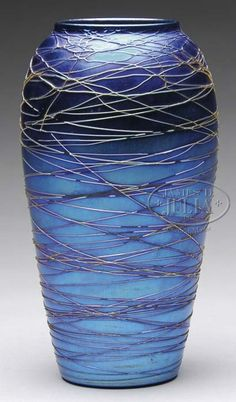 GREAT CLASSICAL CONTEMPORARY FORM, PATTERN AND CONTRAST  DURAND ART GLASS VASE.