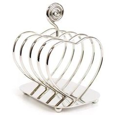 Make your loved one breakfast in the morning and show how much you care with this adorable 'heart' shaped toast rack. A lovely present for all year round!