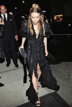 Incredibly Gorgeous Shot Of Ashley Olsen Arriving To The Met Gala