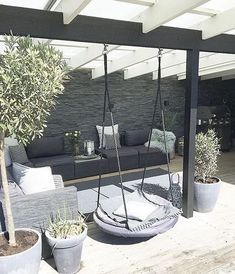 37 great backyard ideas for patios, porches and decks 25 The Key to Successful Garden Ideas for Terraces - The concept is great to select at first glance. Exploring the backyard ideas in this art. Terrace Design, Villa Design, Patio Design, House Design, Pergola Designs, Garden Design, Exterior Design, Outdoor Rooms, Outdoor Living