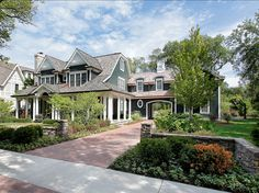 Curb-Appeal Ideas. Great Curb-Appeal! #CurbAppeal