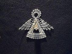 Dekorácie - Vianočná ozdôbka - anjelik - 1906285 Fillet Crochet, Bobbin Lace Patterns, Lacemaking, Lace Heart, Lace Jewelry, Christmas Star, Irish Crochet, Lace Detail, Tatting