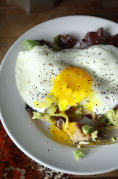 avocado, spring greens & fried egg