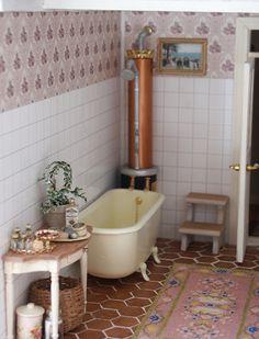 Edistystä kartanossa / Some Progress in Manor Miniature Dollhouse Furniture, Miniature Rooms, Miniature Houses, Diy Dollhouse, Dollhouse Miniatures, Miniture Things, Little Houses, Decorative Objects, Room Interior