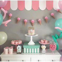 New ice cream birthday party cake diy ideas Ice Cream Theme, Diy Ice Cream, Ice Cream Party, 2nd Birthday Parties, Birthday Party Decorations, Diy Birthday, Ice Cream Social, Festa Party, Icecream Bar