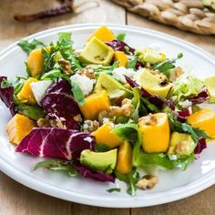Avocado and Mango Salad is that perfect combination of sweet and salty, crunchy and creamy. We can't get enough! #bestsaladrecipes #mangorecipes