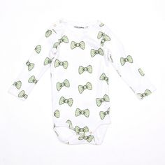 Mini Rodini BOW LS BODY LT. GREEN it's made from best organic cotton, GOTS certified, really soft and really sweat.