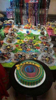 Janmashtami Decoration, First Birthday Pictures, Laddu Gopal, Cat Party, Lord Krishna, Themed Cakes, Cake Designs, First Birthdays, Spirituality