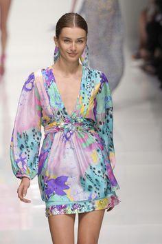 Blugirl Spring 2011 Runway Pictures - StyleBistro