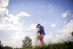 copyright mamzellejoe photographie Coline et Louis, Mariage pyrénées, just married, blue sky