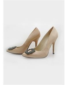 Nude shoes with rhinestone buckle
