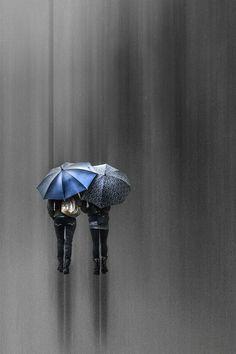 ♡♡♡ Umbrella Art, Under My Umbrella, Rainy Sunday, Rainy Days, Color Splash, Color Pop, Colour, Stop The Rain, Umbrellas Parasols