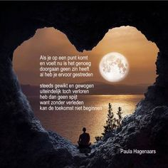 Gedichten Paula Hagenaars Happy 2017, Dutch Quotes, Condolences, Quotes To Live By, Qoutes, Meant To Be, Poems, Wisdom, Thoughts